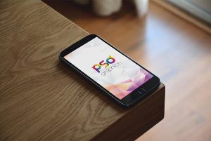 Phone-Mockup-Free-PSD